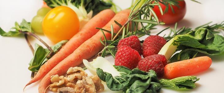 Voće i povrće puno vitamina